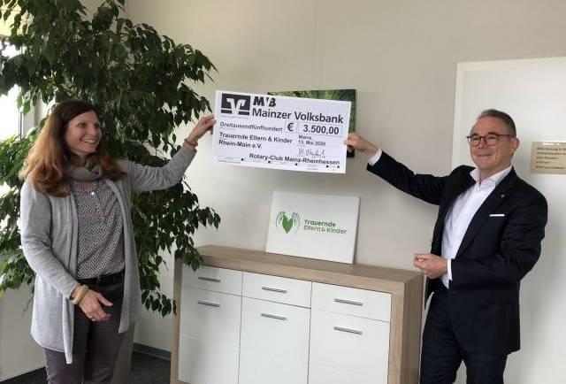 Tolle Scheckübergabe des Rotary-Clubs Mainz-Rheinhessen
